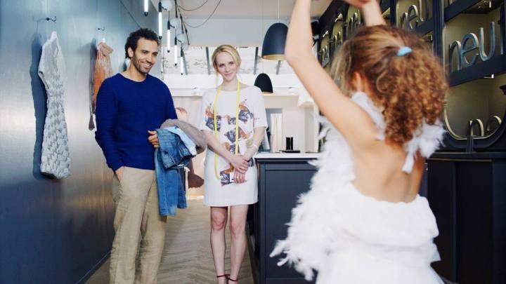 Katje surprises Saar and Daan