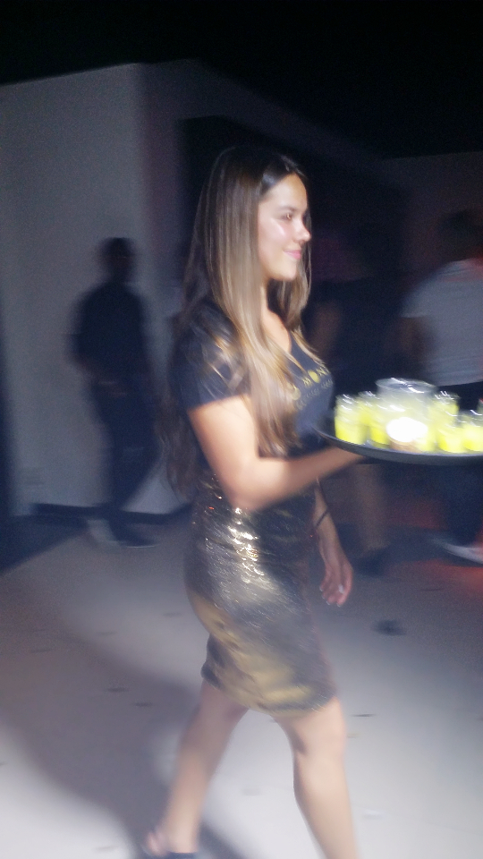 Bo Monde waitress Amber (1)