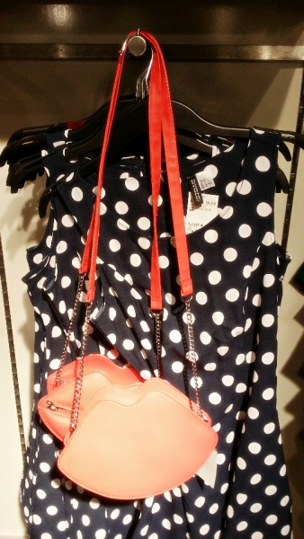 Red Lips Bag (4)