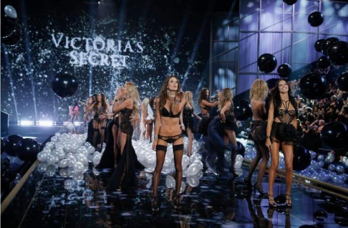 VS-fashion-show 2014