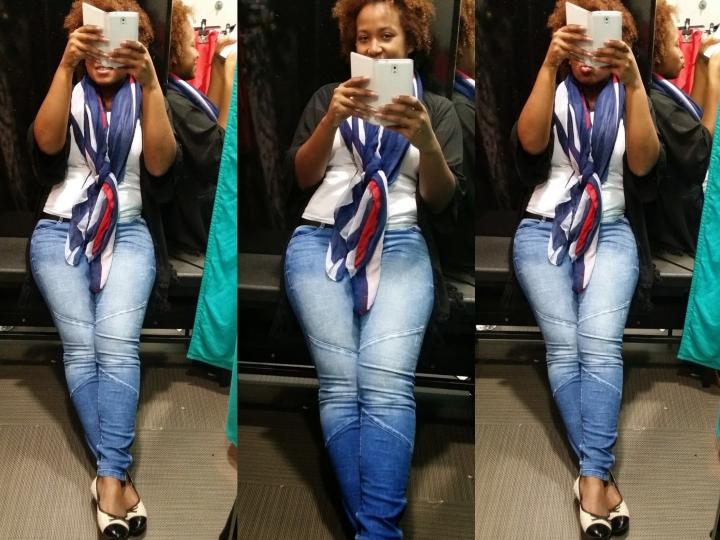 Blue scarf 3
