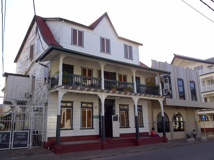 Paramaribo (111)
