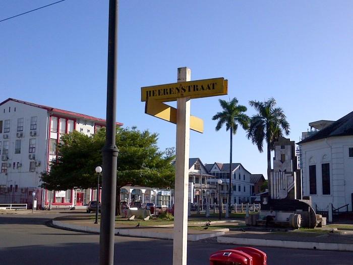 Paramaribo (128)